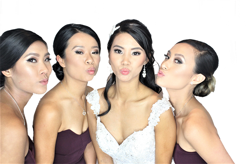 Wedding photo booth for hire in Sydney at fair price