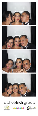 hire cheap photo booth in Sydney for weddings.